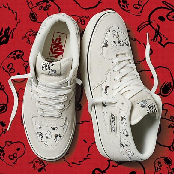 78d9145d3a2861 Vans Peanuts Half Cab Shoes. M 5ba97a12bb7615c7a87ee32f